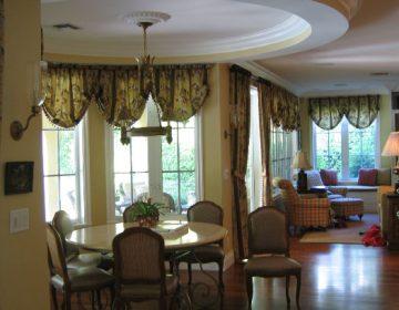 Uustal – Breakfast Area/Family Room